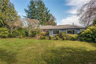 Photo 38: 5033 Wesley Rd in Saanich: SE Cordova Bay House for sale (Saanich East)  : MLS®# 835715