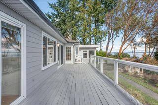 Photo 3: 5033 Wesley Rd in Saanich: SE Cordova Bay House for sale (Saanich East)  : MLS®# 835715