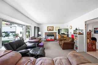 Photo 9: 3329 HANDLEY Crescent in Port Coquitlam: Lincoln Park PQ House for sale : MLS®# R2479224