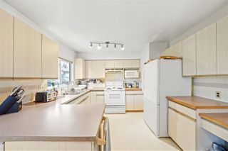 Photo 10: 3329 HANDLEY Crescent in Port Coquitlam: Lincoln Park PQ House for sale : MLS®# R2479224