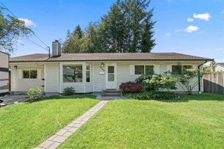 Photo 1: 3329 HANDLEY Crescent in Port Coquitlam: Lincoln Park PQ House for sale : MLS®# R2479224
