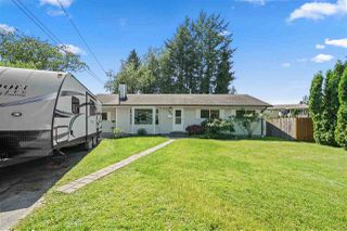 Photo 2: 3329 HANDLEY Crescent in Port Coquitlam: Lincoln Park PQ House for sale : MLS®# R2479224
