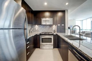 Photo 4: 2805 99 SPRUCE Place SW in Calgary: Spruce Cliff Apartment for sale : MLS®# A1020755