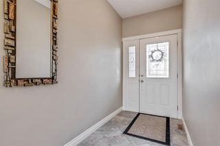 Photo 2: 19 WESTRIDGE Crescent SW in Calgary: West Springs Detached for sale : MLS®# A1022947
