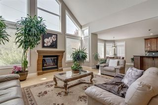 Photo 6: 19 WESTRIDGE Crescent SW in Calgary: West Springs Detached for sale : MLS®# A1022947