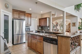 Photo 10: 19 WESTRIDGE Crescent SW in Calgary: West Springs Detached for sale : MLS®# A1022947