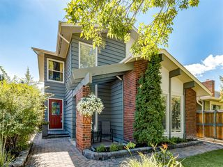 Photo 2: 104 MIDLAND Crescent SE in Calgary: Midnapore Detached for sale : MLS®# A1023659