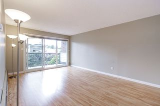 "Photo 2: 223 2033 TRIUMPH Street in Vancouver: Hastings Condo for sale in ""MCKENZIE HOUSE"" (Vancouver East)  : MLS®# R2497567"