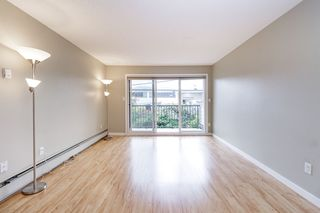 "Photo 3: 223 2033 TRIUMPH Street in Vancouver: Hastings Condo for sale in ""MCKENZIE HOUSE"" (Vancouver East)  : MLS®# R2497567"
