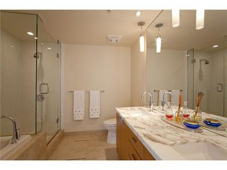 """Photo 8: 2404 1205 W HASTINGS Street in Vancouver: Coal Harbour Condo for sale in """"THE CIELO"""" (Vancouver West)  : MLS®# V883729"""