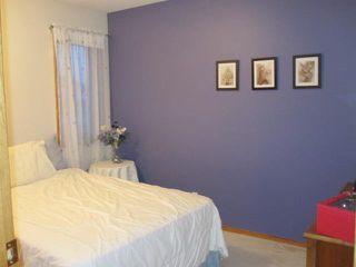 Photo 8: 84 BARLOW Crescent in WINNIPEG: St Vital Residential for sale (South East Winnipeg)  : MLS®# 1107407