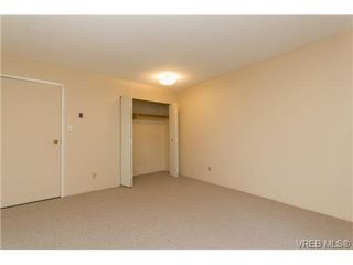 Photo 13: 205 949 Cloverdale Ave in VICTORIA: SE Quadra Condo Apartment for sale (Saanich East)  : MLS®# 658759
