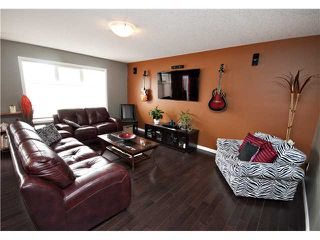Photo 4: 1060 WINDHAVEN Close SW: Airdrie Residential Detached Single Family for sale : MLS®# C3616342