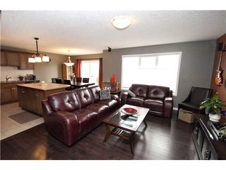 Photo 5: 1060 WINDHAVEN Close SW: Airdrie Residential Detached Single Family for sale : MLS®# C3616342