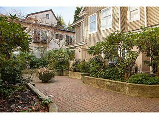 "Photo 18: 301 2588 ALDER Street in Vancouver: Fairview VW Condo for sale in ""BOLLERT PLACE"" (Vancouver West)  : MLS®# V1065670"