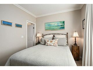 "Photo 11: 301 2588 ALDER Street in Vancouver: Fairview VW Condo for sale in ""BOLLERT PLACE"" (Vancouver West)  : MLS®# V1065670"