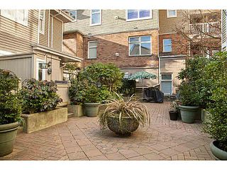 "Photo 17: 301 2588 ALDER Street in Vancouver: Fairview VW Condo for sale in ""BOLLERT PLACE"" (Vancouver West)  : MLS®# V1065670"