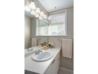 "Photo 13: 301 2588 ALDER Street in Vancouver: Fairview VW Condo for sale in ""BOLLERT PLACE"" (Vancouver West)  : MLS®# V1065670"
