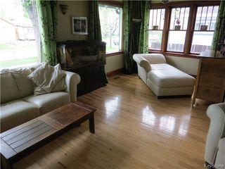 Photo 2: 25 Ellesmere Avenue in WINNIPEG: St Vital Residential for sale (South East Winnipeg)  : MLS®# 1412521