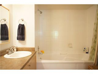 """Photo 14: 205 6735 STATION HILL Court in Burnaby: South Slope Condo for sale in """"COURTYARDS"""" (Burnaby South)  : MLS®# V1068430"""