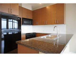 """Photo 7: 1603 2345 MADISON Avenue in Burnaby: Brentwood Park Condo for sale in """"OMA"""" (Burnaby North)  : MLS®# V1098919"""