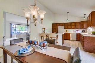 Photo 8: LA COSTA House for sale : 4 bedrooms : 2854 Levante in Carlsbad