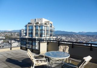 "Photo 3: 2003 11 E ROYAL Avenue in New Westminster: Fraserview NW Condo for sale in ""VICTORIA HILL HIGHRISE RESIDENCES"" : MLS®# R2045382"