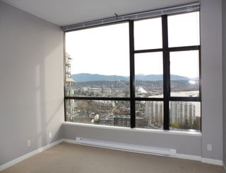 "Photo 13: 2003 11 E ROYAL Avenue in New Westminster: Fraserview NW Condo for sale in ""VICTORIA HILL HIGHRISE RESIDENCES"" : MLS®# R2045382"