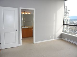 """Photo 14: 2003 11 E ROYAL Avenue in New Westminster: Fraserview NW Condo for sale in """"VICTORIA HILL HIGHRISE RESIDENCES"""" : MLS®# R2045382"""