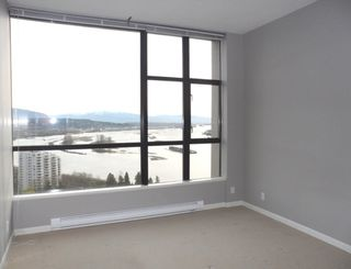 "Photo 12: 2003 11 E ROYAL Avenue in New Westminster: Fraserview NW Condo for sale in ""VICTORIA HILL HIGHRISE RESIDENCES"" : MLS®# R2045382"
