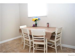 Photo 5: 535 Melbourne Avenue in Winnipeg: East Kildonan Residential for sale (North East Winnipeg)  : MLS®# 1607432