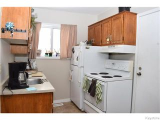 Photo 6: 535 Melbourne Avenue in Winnipeg: East Kildonan Residential for sale (North East Winnipeg)  : MLS®# 1607432