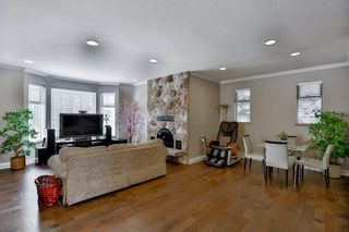 Photo 9: 2141 CLIFF Avenue in Burnaby: Montecito House for sale (Burnaby North)  : MLS®# R2057249