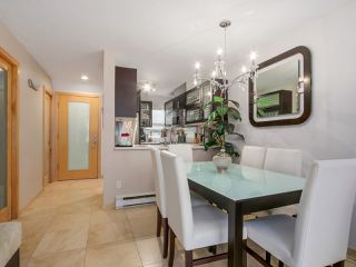 """Photo 17: 3011 LAUREL Street in Vancouver: Fairview VW Townhouse for sale in """"FAIRVIEW COURT"""" (Vancouver West)  : MLS®# R2058843"""