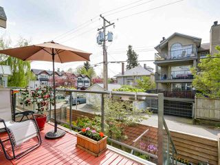 "Photo 9: 3011 LAUREL Street in Vancouver: Fairview VW Townhouse for sale in ""FAIRVIEW COURT"" (Vancouver West)  : MLS®# R2058843"