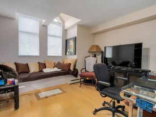 "Photo 15: 3011 LAUREL Street in Vancouver: Fairview VW Townhouse for sale in ""FAIRVIEW COURT"" (Vancouver West)  : MLS®# R2058843"