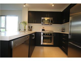 Photo 1: 217 3163 RIVERWALK Avenue in Vancouver: Champlain Heights Condo for sale (Vancouver East)  : MLS®# R2062360