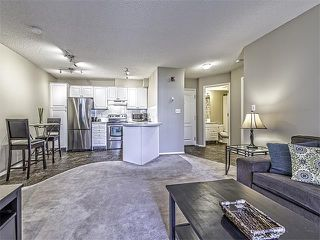 Photo 7: 302 30 SIERRA MORENA Mews SW in Calgary: Signal Hill Condo for sale : MLS®# C4062725
