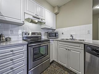 Photo 5: 302 30 SIERRA MORENA Mews SW in Calgary: Signal Hill Condo for sale : MLS®# C4062725