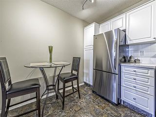 Photo 4: 302 30 SIERRA MORENA Mews SW in Calgary: Signal Hill Condo for sale : MLS®# C4062725