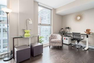 """Photo 5: 2301 999 SEYMOUR Street in Vancouver: Downtown VW Condo for sale in """"999 Seymour"""" (Vancouver West)  : MLS®# R2080555"""