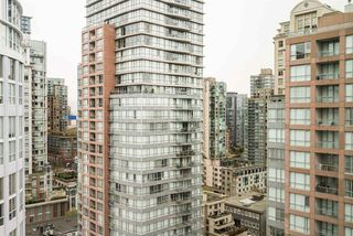 """Photo 9: 2301 999 SEYMOUR Street in Vancouver: Downtown VW Condo for sale in """"999 Seymour"""" (Vancouver West)  : MLS®# R2080555"""