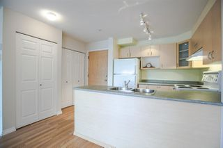 """Photo 7: 317 6359 198 Street in Langley: Willoughby Heights Condo for sale in """"ROSEWOOD"""" : MLS®# R2085416"""