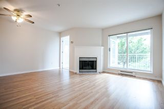 """Photo 3: 317 6359 198 Street in Langley: Willoughby Heights Condo for sale in """"ROSEWOOD"""" : MLS®# R2085416"""