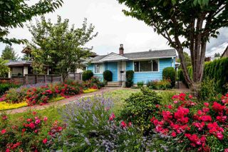 Main Photo: 442 E 16TH Street in North Vancouver: Central Lonsdale House for sale : MLS®# R2090162
