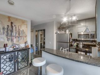 """Photo 14: 1407 1068 HORNBY Street in Vancouver: Downtown VW Condo for sale in """"THE CANADIAN AT WALL CENTRE"""" (Vancouver West)  : MLS®# R2097298"""
