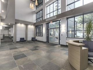 """Photo 4: 1407 1068 HORNBY Street in Vancouver: Downtown VW Condo for sale in """"THE CANADIAN AT WALL CENTRE"""" (Vancouver West)  : MLS®# R2097298"""