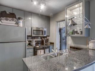 """Photo 12: 1407 1068 HORNBY Street in Vancouver: Downtown VW Condo for sale in """"THE CANADIAN AT WALL CENTRE"""" (Vancouver West)  : MLS®# R2097298"""