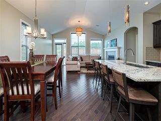 Photo 2: 113 ROCKFORD Road NW in Calgary: Rocky Ridge House for sale : MLS®# C4079306