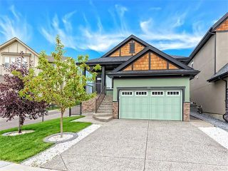 Photo 1: 113 ROCKFORD Road NW in Calgary: Rocky Ridge House for sale : MLS®# C4079306